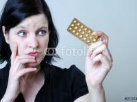 Frau mit Antibabypille
